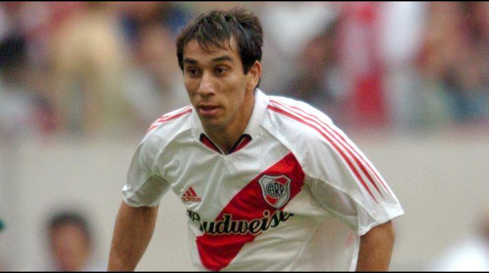 Nelson Cuevas, en su segunda etapa jugando en River.
