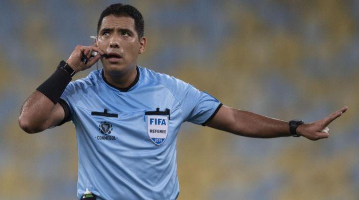 Diego Haro, juez principal del VAR en la final de la Libertadores.
